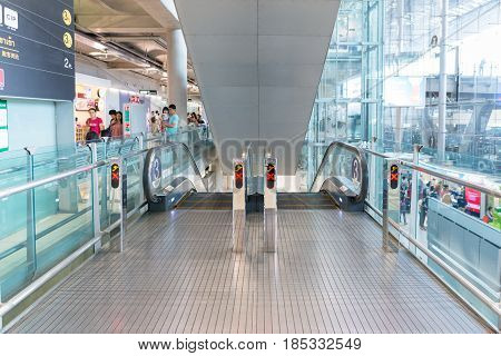 BANGKOK- MAR 01 : The Escalator at Suvanaphumi Airport in Bangkok on March 01, 2015. Suvarnabhumi airport is world's 4th largest single-building airport terminal.