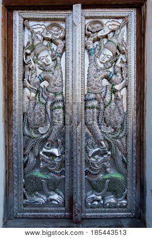 Wat Inthakhin Sadue Muang Temple