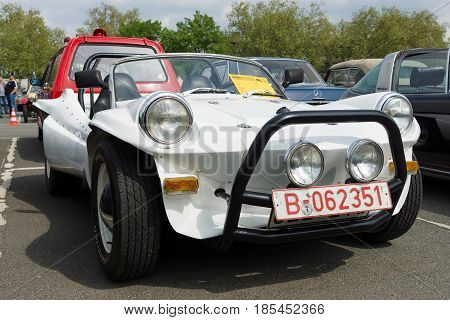 Berlin - May 11: Self-made Car - Buggy, Based On The Volkswagen Beetle (front View), 26Th Oldtimer-t