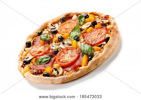 Pizza pepperoni with tomato and olives
