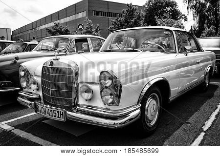 Berlin - May 11: Car Mercedes-benz 280 Se (w111) Coupe (black And White), 26Th Oldtimer-tage Berlin-