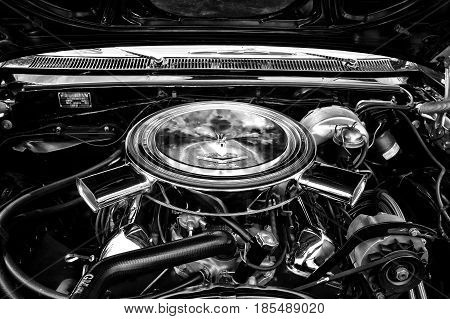 Berlin - May 11: Motor Full-size Car Chevrolet Impala Ss Convertible Close-up (black And White), 26.