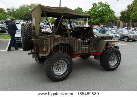 Berlin - May 11: U.s. Army Suv Since World War Ii Jeep Willys Mb, 26Th Oldtimer-tage Berlin-brandenb