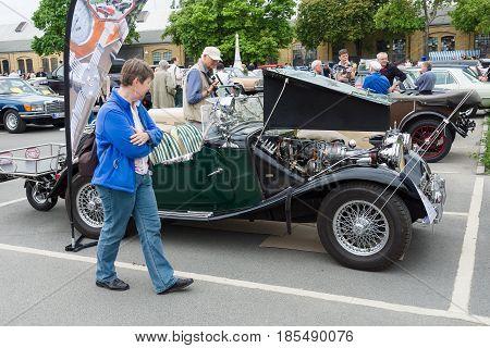 Berlin - May 11: Roadster Mg Td Midget, 26Th Oldtimer-tage Berlin-brandenburg, May 11, 2013 Berlin,