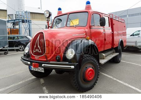Berlin - May 11: Fire Engine Magirus-deutz Rundhauber Lf 16-ts, 26Th Oldtimer-tage Berlin-brandenbur