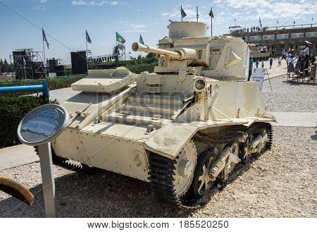 Light Tank Vickers Mk Vi At Latrun Armored Corps Museum