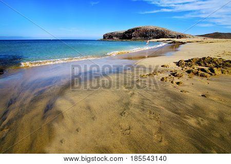 Footstep Coast   Spain  Water In Lanzarote    Summer