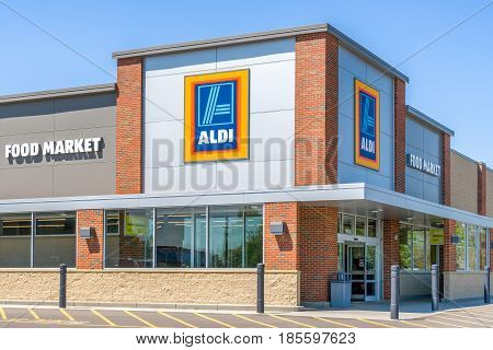Aldi Supermarket And  Sign