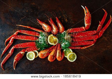 Crab claws and shrimp with lemon and dill
