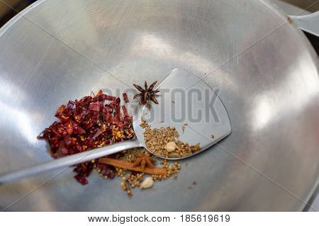 Popping Massaman Curry Herbs Ingredients