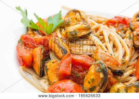 White Dish With Pasta Spaghetti , Mussel And Tomatoes