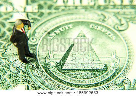 Dollar banknote detail manager figurine novus ordo seclorum