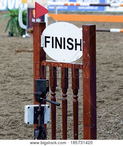 Digital timekeeping in show jumping events and finish line