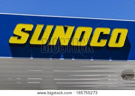 Indianapolis - Circa May 2017: Sunoco Retail Gasoline Location. Sunoco is a Subsidiary of Energy Transfer Partners IV