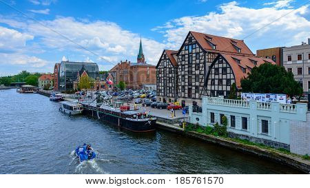 Bydgoszcz, Poland - May 8, 2016; Old Town And Granaries By The Brda River