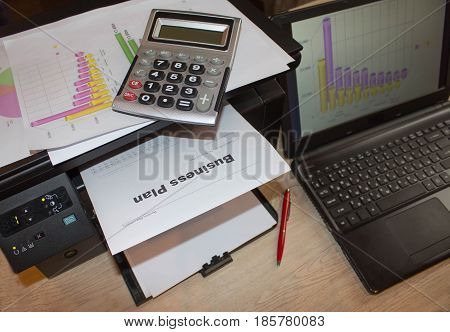 Creating a business plan. Opening a business online. How to write a business plan template
