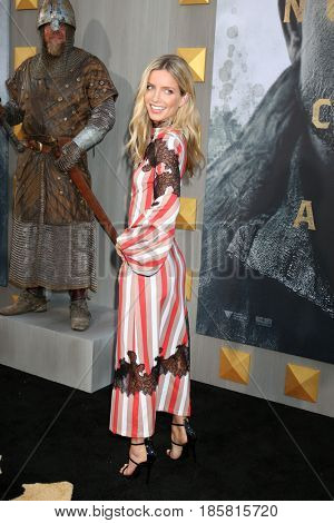 LOS ANGELES - MAY 8:  Annabelle Wallis at the