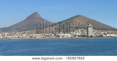 CAPE TOWN, SOUTH AFRICA, VIEW OF LIONS HEAD AMD SIGNAL HILL