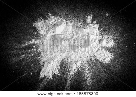White powder on a black background