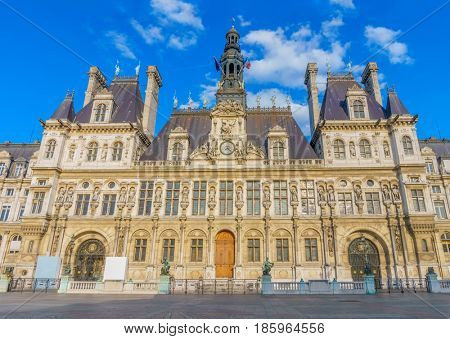 The Hotel de Ville main facade. It has been the headquarters of the municipality of Paris since 1357.
