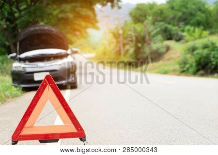 Car Broken Down On The Road With Emergency Help Sign. Car Break Down Trouble On Road, Traffic Warnin