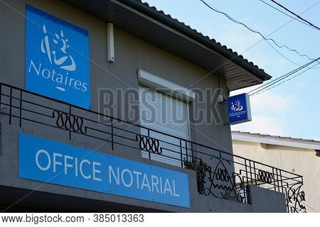 Bordeaux , Aquitaine / France - 09 01 2020 : Notary Blue Board Sign Text Notaires And Logo Front Of