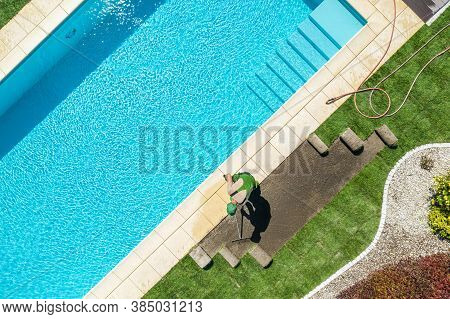 Modern Residential Backyard Garden With Pool New Natural Grass Turfs Installation By Professional Ca