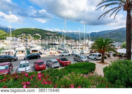 Mallorca, Spain - September 2018: Boats And Cars In Port Soller Marine