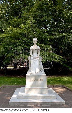 Meran, Italy - May 15,2016: Statue Of Empress Elisabeth Or Sissi, Merano Or Meran, South Tyrol, Ital