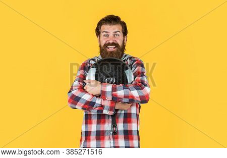 Happy Moments. Food Preparation And Cuisine. Cooking Utensils Vessels. Kitchen Advertising. Man With