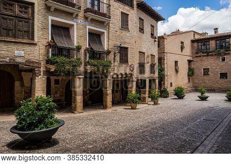 Alquezar, Spain - June 17, 2020: Main Square (plaza Mayor) Of Alquezar, With Typical Rural Houses, A