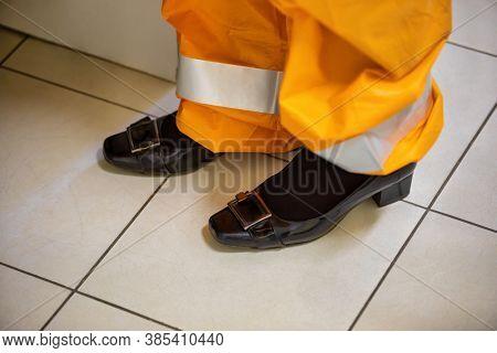 wrong usage of woman protective clothing