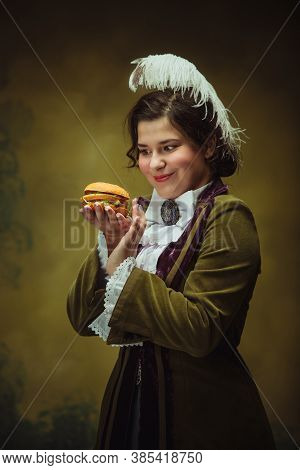 Lovely Fast Food. Modern Trendy Look, Portrait Of Renaissance Period Beautiful Woman. Retro Style, C