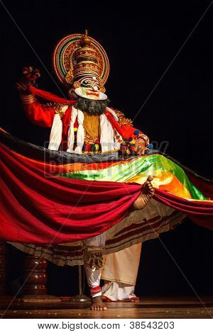 CHENNAI, INDIA - SEPTEMBER 9: Indian traditional dance drama Kathakali preformance on September 9, 2009 in Chennai, India. Performer plays Maricha (kathi) character of Ramayana