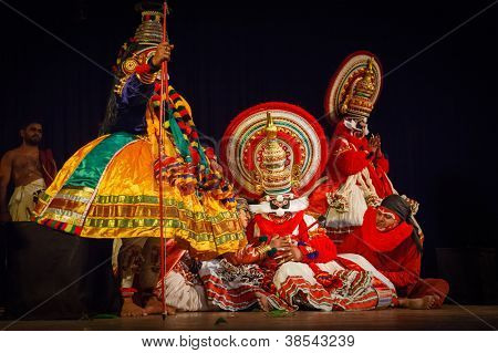 CHENNAI, INDIA - SEPTEMBER 9: Indian traditional dance drama Kathakali preformance on September 9, 2009 in Chennai, India. Performer portrays dying monkey king Bali (thadi) character in Ramayana drama