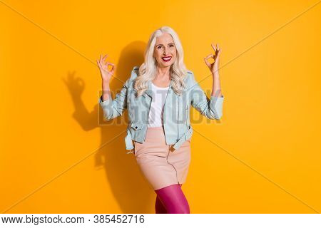 Portrait Of Positive Cheerful Old Woman Want Recommend Ads Promo Show Okay Symbol Wear Cool Modern O