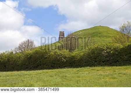 Glastonbury, Uk - May 13, 2012: May 13, 2012: A View Across The Fields To Glastonbury Tor