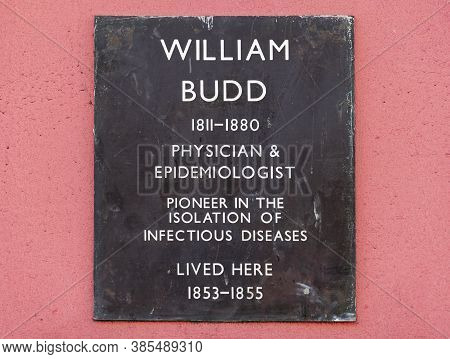 Bristol, Uk - September 11, 2012: A Plaque Outside The House In Park Street Where Physician And Epid