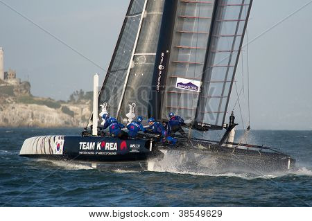 SAN FRANCISCO, CA - OCTOBER 4: The Team Korea sailboat skippered by Peter Burling  competes in the America'??s Cup World Series sailing races in San Francisco, CA on October 4, 2012