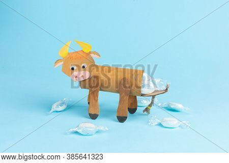 Bull Or Ox Made By Kids From Toilet Paper Roll, Tutorial, Diy, Step By Step Instruction, Original Pa