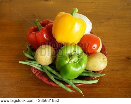 High Angle View Of Fresh Vegetables On A Platter
