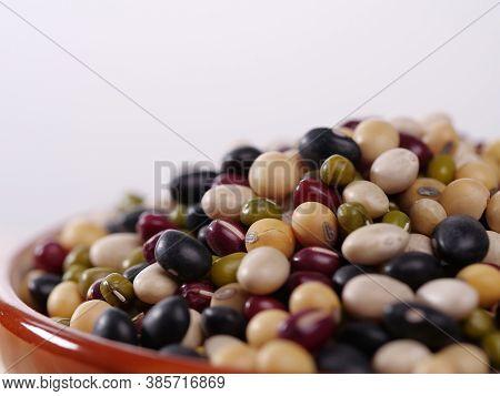 Red Bean, Mung Bean, Black Bean, White Bean, Soybean In A Bowl