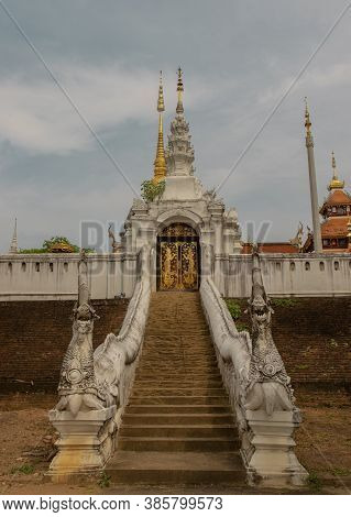 The Way Up To Pay Homage To Buddhist Temple In Wat Pratu Pong At Lampang Province. Beautiful Temple