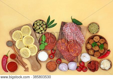 Clean eating Italian health food diet with meats, dairy, pasta, vegetables sauces & herbs.  High in antioxidants, anthocayanins, dietary fibre, omega 3, protein, lycopene, minerals & vitamins.