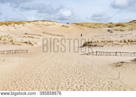 Dead Dunes, Sand Hills Built By Strong Winds, With Ravines And Erosion, Desert, Arid Environment