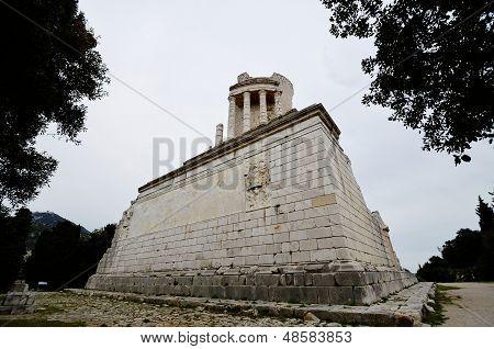 Trophee Des Alpes,ancient Roman Ruins,france
