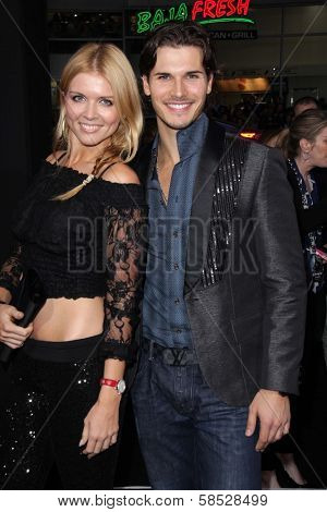 Elena Samodanova, Gleb Savchenko at the