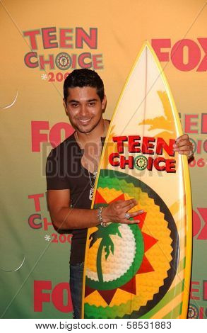 UNIVERSAL CITY - AUGUST 20: Wilmer Valderrama at the 2006 Teen Choice Awards - Press Room at Gibson Amphitheatre on August 20, 2006 in Universal City, CA.