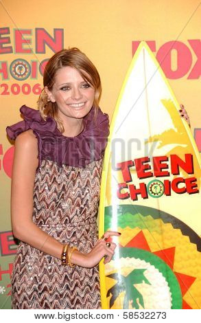 UNIVERSAL CITY - AUGUST 20: Mischa Barton at the 2006 Teen Choice Awards - Press Room at Gibson Amphitheatre on August 20, 2006 in Universal City, CA.