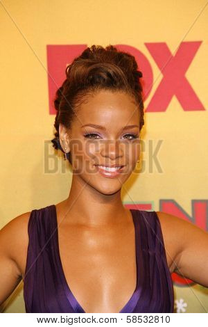UNIVERSAL CITY - AUGUST 20: Rihanna at the 2006 Teen Choice Awards - Press Room at Gibson Amphitheatre on August 20, 2006 in Universal City, CA.